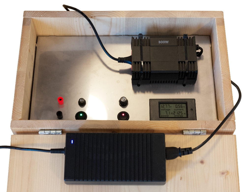 How to choose the correct power source for your EAGLE: field battery with 220V inverter and 12.8V AC adapter